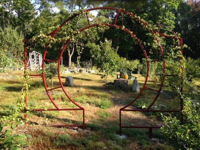 Hortus Conclusus - Moon Gate